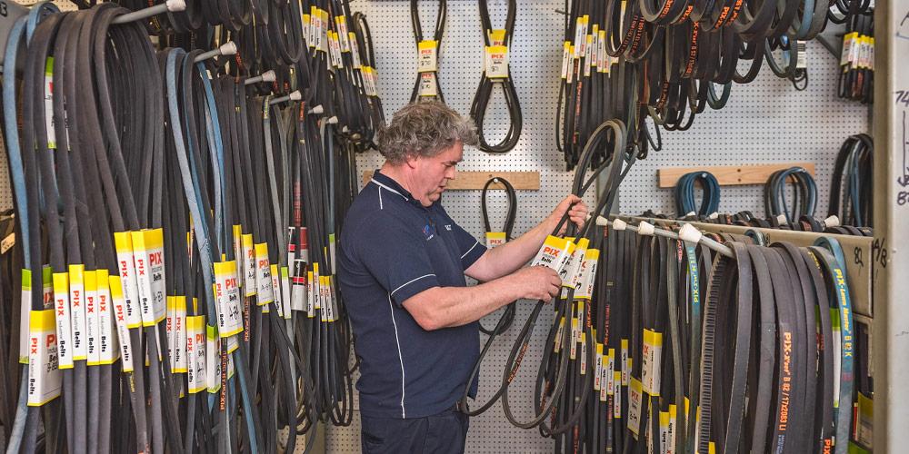 Gippsland Bearing Supplies checking wide range of machine belts